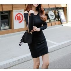 Silkfold - Long-Sleeve V-Neck Knit Sheath Dress
