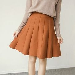 Honey House - Pleated Knit Skirt