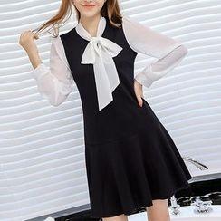 Q.C.T - Ribbon Panel Long-Sleeve Dress