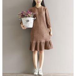 Jolly Club - Long-Sleeve Plain Dress