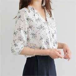 YOOM - Floral Patterned Open-Placket Chiffon Top