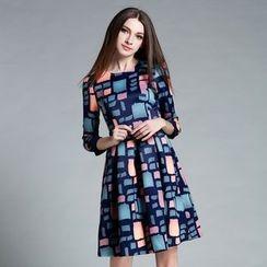 巧妮兒 - 長袖圖案A字連衣裙