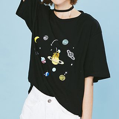 Heynew - Planet Embroidered Elbow Sleeve T-Shirt