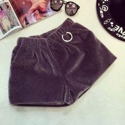 RUI - Furry Shorts
