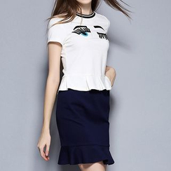 Merald - Set: Embroidered Short Sleeve T-Shirt + Ruffle Hem Pencil Skirt