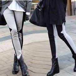 Raisin - Color Block Leggings