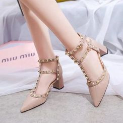 Charming Kicks - 铆钉T字带高跟鞋