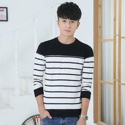 Walwa - Stripe Panel Long-Sleeve T-shirt