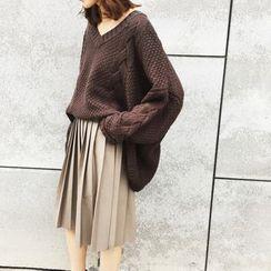 A7 SEVEN - V領麻花針織粗織毛衣