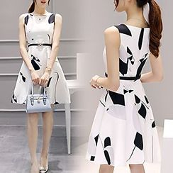 Lavogo - Printed Skater Dress with Belt