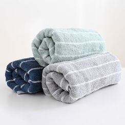 Lazy Corner - Striped Towel
