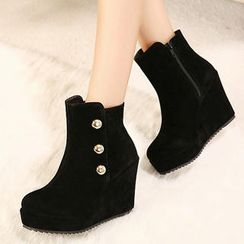 Mancienne - Platform Buttoned Wedge Ankle Boots