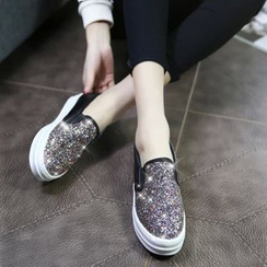 BAYO - 厚底亮面便鞋