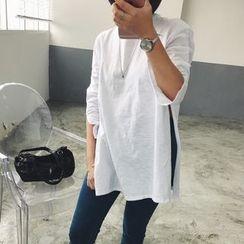 HotBlock - Slit Long-Sleeve T-Shirt