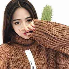 氣質淑女 - 字母貼布繡樽領粗織毛衣