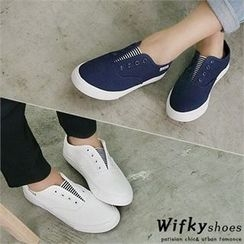 Wifky - Band-Trim Slip-Ons