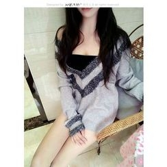 Silkfold - V-Neck Long Sweater