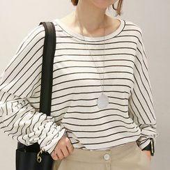NANING9 - Dolman-Sleeve Striped T-Shirt