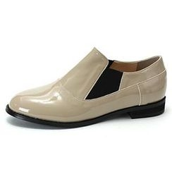 MODELSIS - Banded-Detail Faux-Patent Loafers
