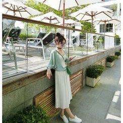 Eva Fashion - Pleated Midi Skirt