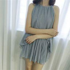 Oyal - Set: Sleeveless Plain Top + Plain Shorts