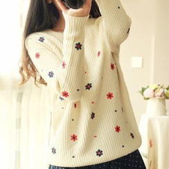 Hibisco - Embroidered Sweater