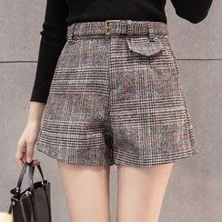 Maine - Plaid Shorts