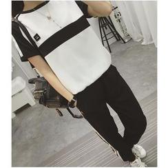 HazyDazy - 套装: 双色短袖上衣 + 配色边运动裤