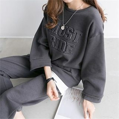 PEPER - Set: Drop-Shoulder Lettering T-Shirt + Straight-Cut Brushed-Fleece Pants