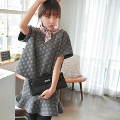 lovemark - Set: Short Sleeve Patterned Knit Top + Frill Hem Knit Skirt