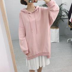 Lyrae - 套装: 垂肩连帽衫 + 风琴褶背心连衣裙