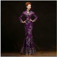 Posh Bride - Long-Sleeve Embroidered Mermaid Wedding Cheongsam