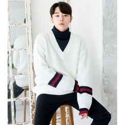 ABOKI - V-Neck Stripe Sweater