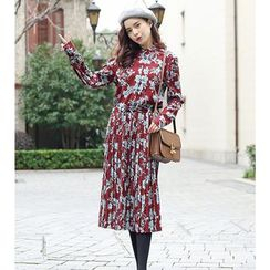 Kofushi - Floral Print Pleated Midi Chiffon Dress