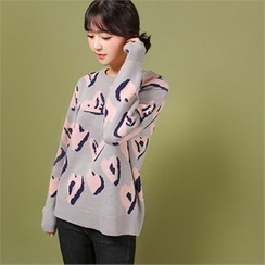 Styleberry - Heart Patterned Sweater