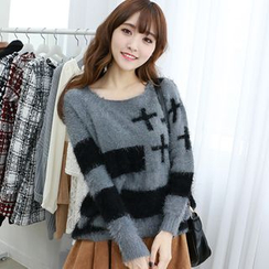Dodostyle - Printed Round-Neck Furry Knit Top