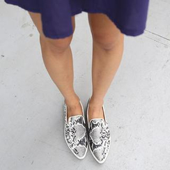 REDOPIN - Snake Print Piped Slip-Ons