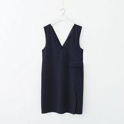 Meimei - Plain V-neck Sleeveless Dress