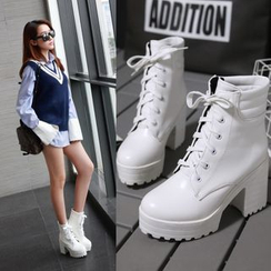 Shoes Galore - Lace-Up Chunky Heel Short Boots