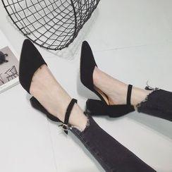 QQ Trend - 踝扣带粗跟尖头高跟鞋
