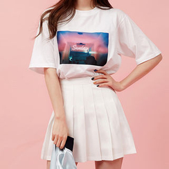 chuu - Crewneck Print T-Shirt
