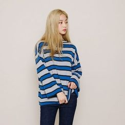 Envy Look - Striped Loose-Fit Knit Top