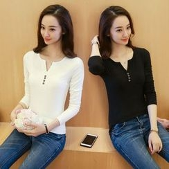 Yvette - Long-Sleeve V-Neck Henley