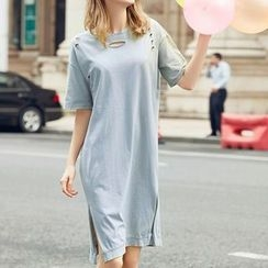 Flobo - Short-Sleeve Distressed Dress