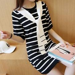 Bubbleknot - Elbow-Sleeve Stripe Knit Dress