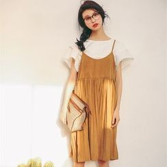 SUYISODA - Accordion Strappy Dress