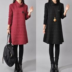 lilygirl - High Neck Textured Long-Sleeve A-Line Dress