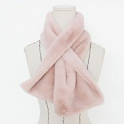 DANI LOVE - Faux-Fur Winter Scarf