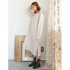 FROMBEGINNING - Asymmetric-Hem Long T-Shirt Dress