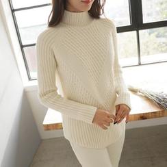 CLICK - Rib-Knit Sweater